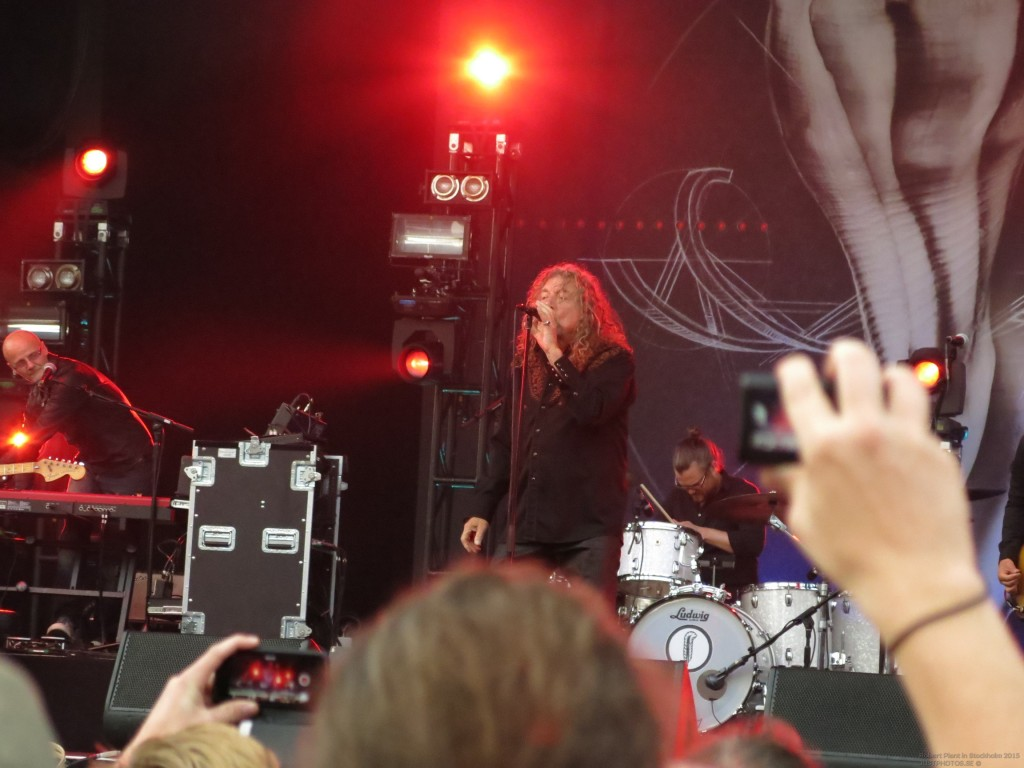 Robert_Plant_in_Stockholm201516