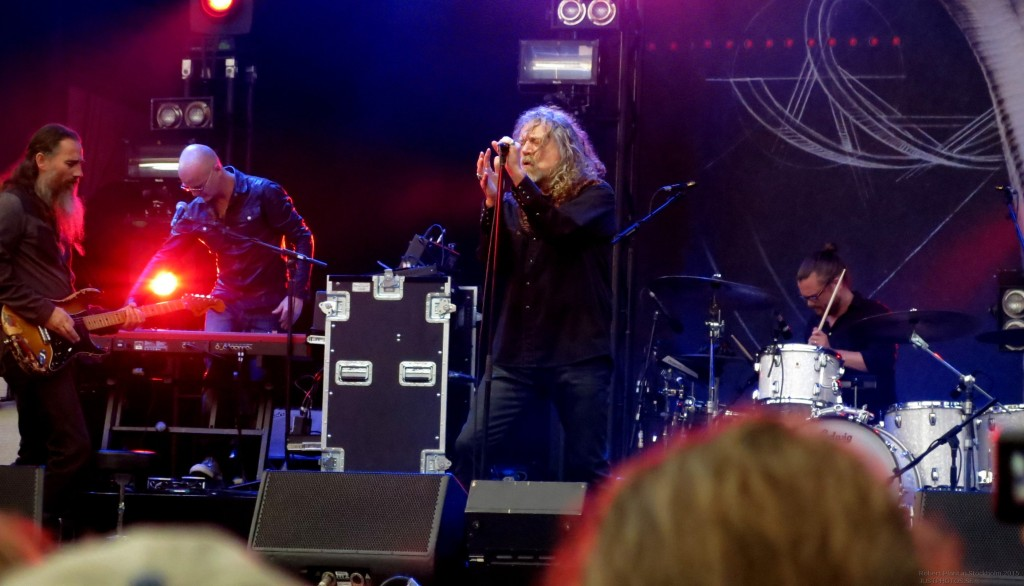 Robert_Plant_in_Stockholm201525