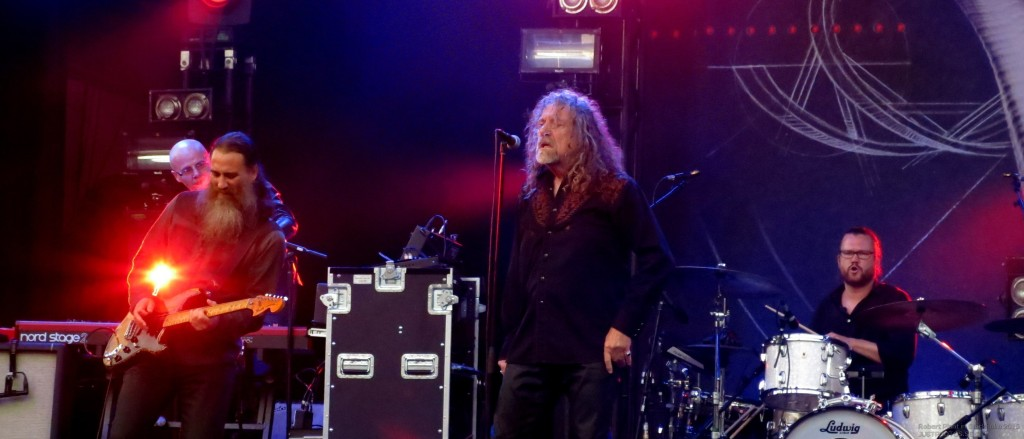 Robert_Plant_in_Stockholm201526