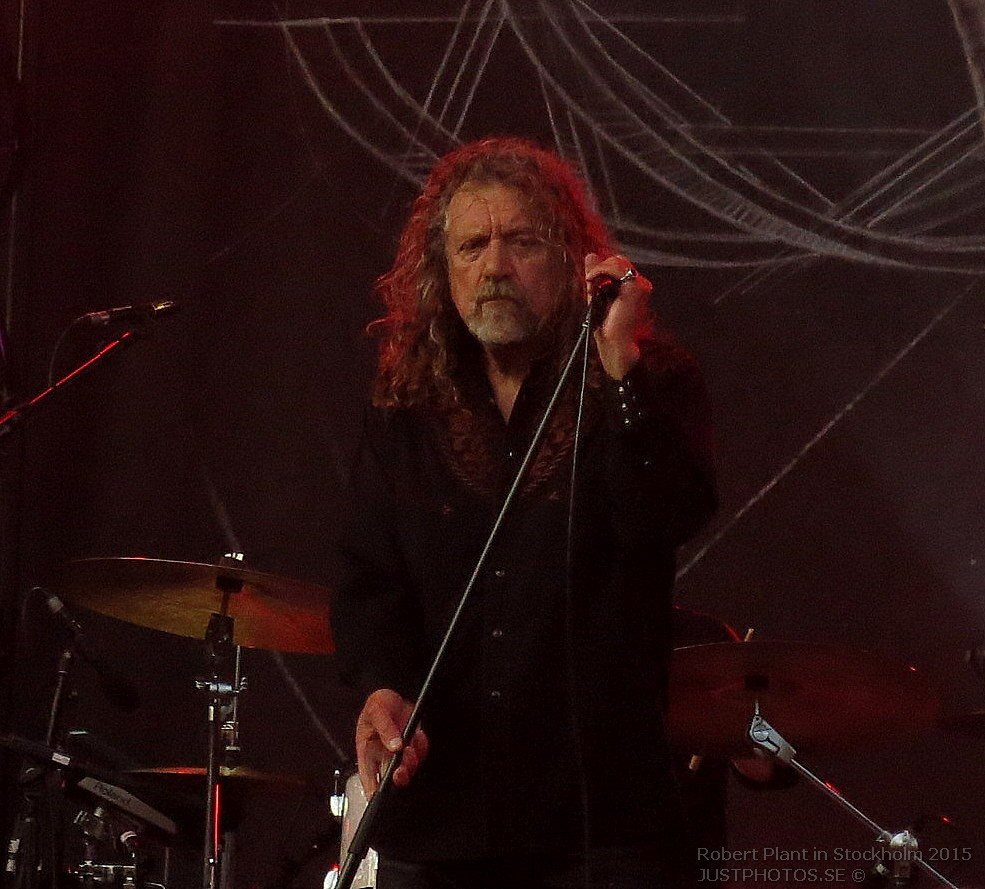 Robert_Plant_in_Stockholm201543
