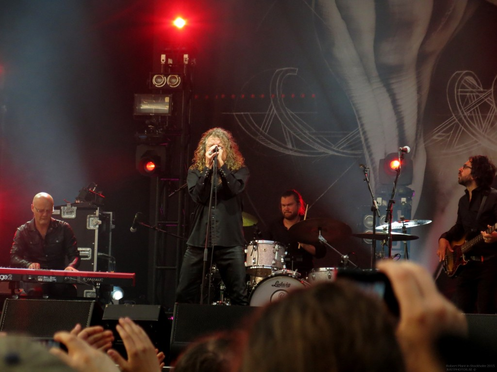 Robert_Plant_in_Stockholm201546